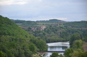 vue dordogne et château des Milandes