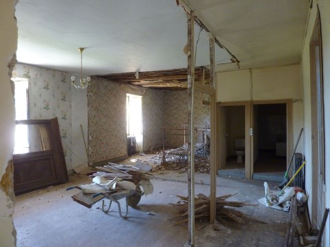 demolition des cloisons intérieures